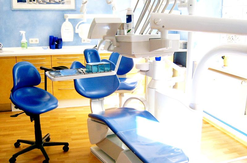 歯医者(歯科医院)が新規開業で悲惨な失敗をしないために必要な準備・情報